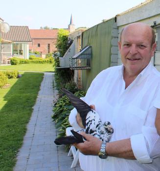 Mit grosser Betroffenheit melden wir das Ableben von Louis Vangramberen...